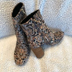 Sam Edelman Tapestry Boots - Size 6